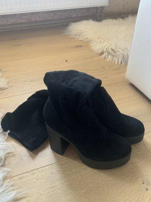 Overknees Stiefel schwarz