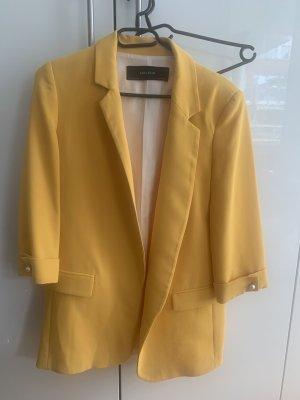 Oversize-Blazer in gelb von Zara