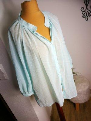 Oversize Bluse in Babyblau