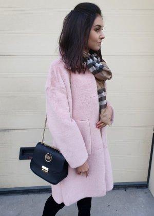 Cappotto in eco pelliccia rosa