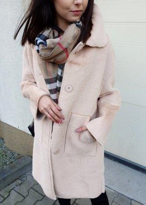 Cappotto in eco pelliccia beige