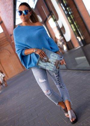 Bastet Sweter oversize niebieski