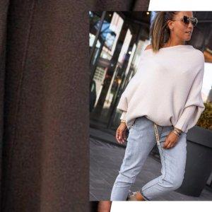 Bastet Sweter oversize ciemnobrązowy