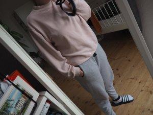 Oversize-Pullover mit hohem Kragen