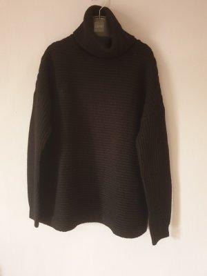 Oversize Pullover mit XL Rollkragen
