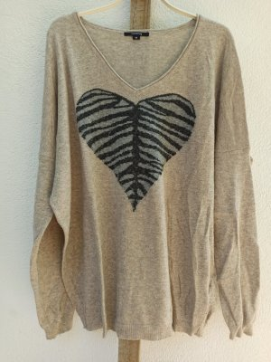 Oversize Pullover von Comma mit Herz