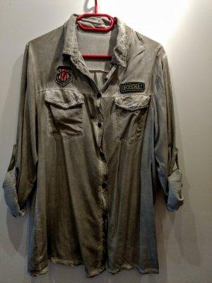 Oversized Bluse / Hemd
