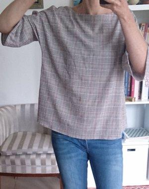 oversized Bluse mit interessantem Rückenausschnitt