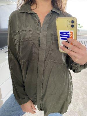 Oversized Hemd in Olive