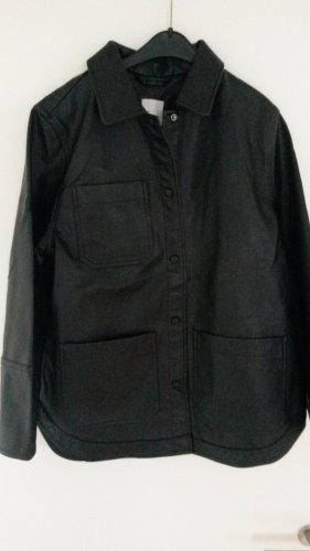Oversized Hemdjacke aus Leder