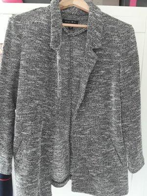 Oversized Jacke der Marke Amisu