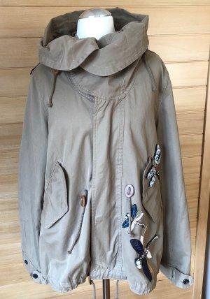 Oversized Jacke im Parkastil mit Kapuze und Libellenapplikationen