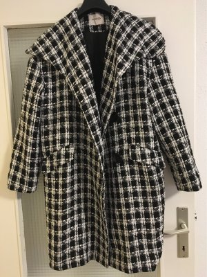 Orsay Płaszcz oversize czarny-biały