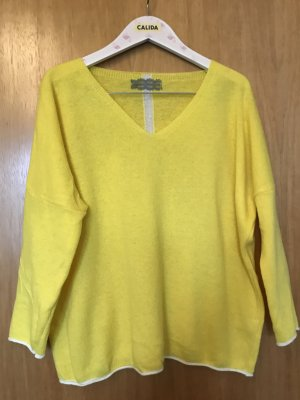 Made in Italy Oversized Sweater yellow