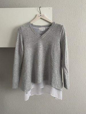 Oversized Pullover mit Bluseneinsatz