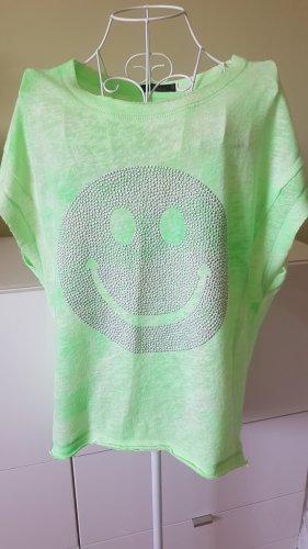 """Oversized T-Shirt in Neongrün mit Smiley Aufdruck Gr. 40 von """"Memix"""""""