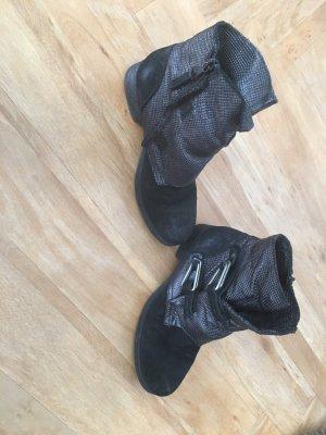 Ovyé Botas de tobillo negro-gris oscuro