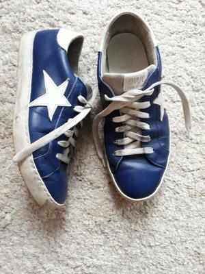 Ovyé Sneakers met veters blauw
