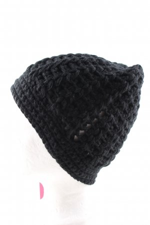 Oxbow Knitted Hat black cable stitch casual look