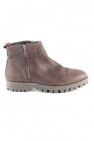 Oxmox Booties brown business style