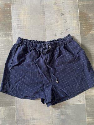 Oysho Shorts bianco-blu scuro