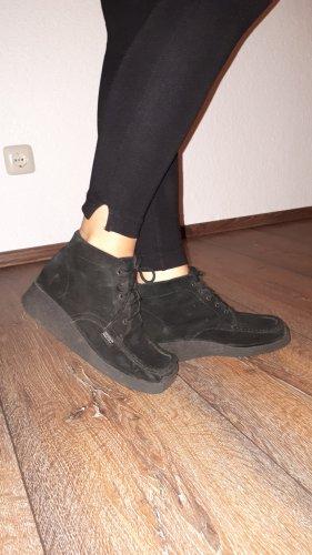 Paar sehr schöne Leder Schnürschuhe in Größe 38 von Esprit!