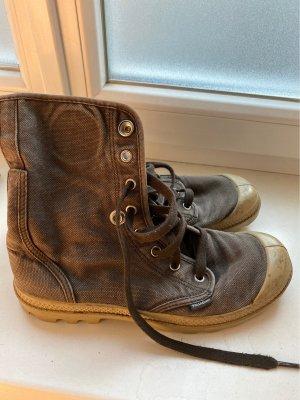 Palladium Desert Boots grey brown