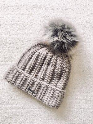 Pamami Strick Knit Bommel Fake Fur Mütze beige braun