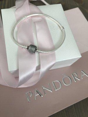 Pandora Armband Neu