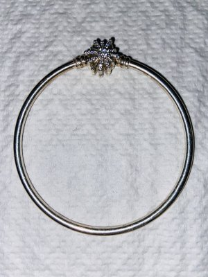 Pandora Bangle light grey