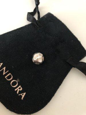 Pandora Charm mit Perlmutt Herzen