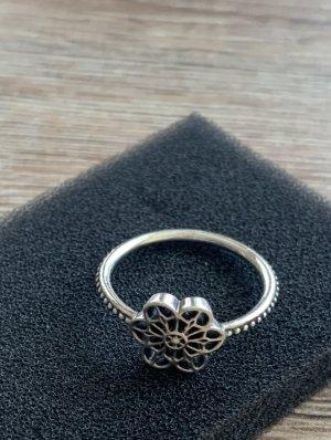 Pandora Floral Ring