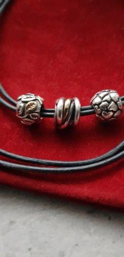 Pandora Collar negro
