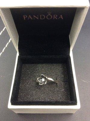 Pandora Retroblümchenring mit Stein