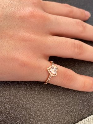 Pandora Ring with Decorative Stone rose-gold-coloured