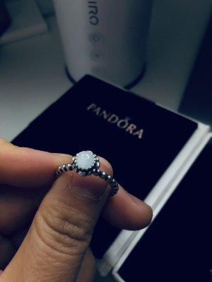 Pandora Ring Geburtsstein März