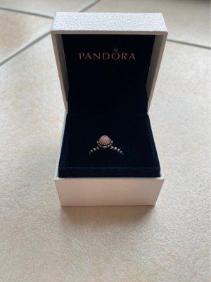 Pandora Ring mit Stein
