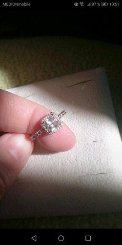 Pandora Zdobiony pierścionek biały-w kolorze różowego złota
