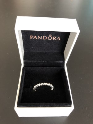 Pandora ring with hearts