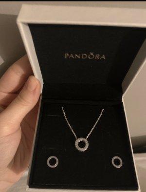 Pandora Zarcillo color plata