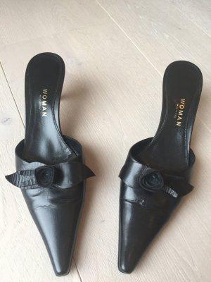 Pantoffel aus Leder