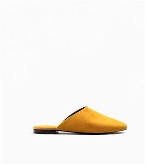 Mango Zuecos marrón arena-amarillo pálido