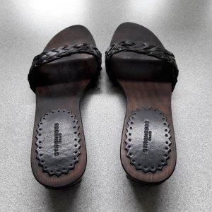 Strenesse Sandalo con tacco marrone scuro