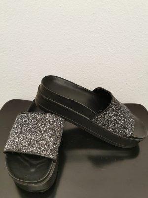 Bershka Heel Pantolettes black-silver-colored