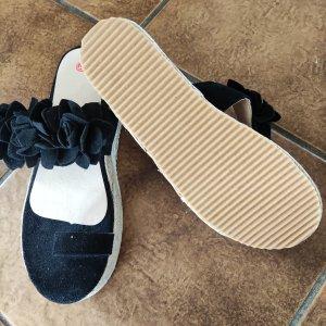 Sandalias con tacón negro