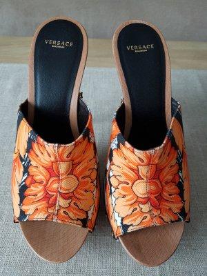 Pantoletten von Versace in Gr. 37