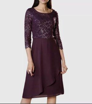 Paola, Kleid mit Spitzeneinsatz in beere, Gr. 44
