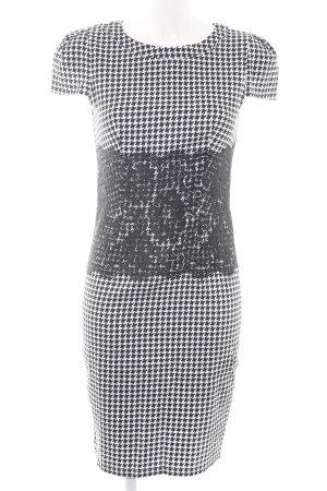 Paper Dolls Bleistiftkleid schwarz-weiß grafisches Muster Elegant