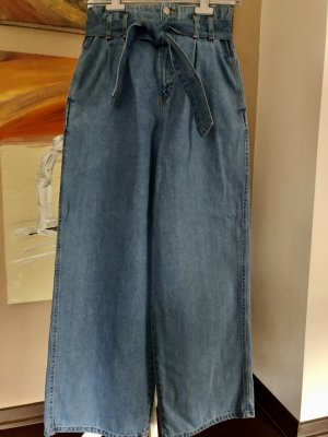 Paperback Jeans mit Gürtel u. weiten Beinen