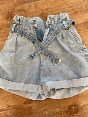 Bershka High-Waist-Shorts azure